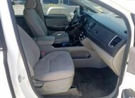 KIA 8 SEAT 2015 (WITHOUT REPAIR)