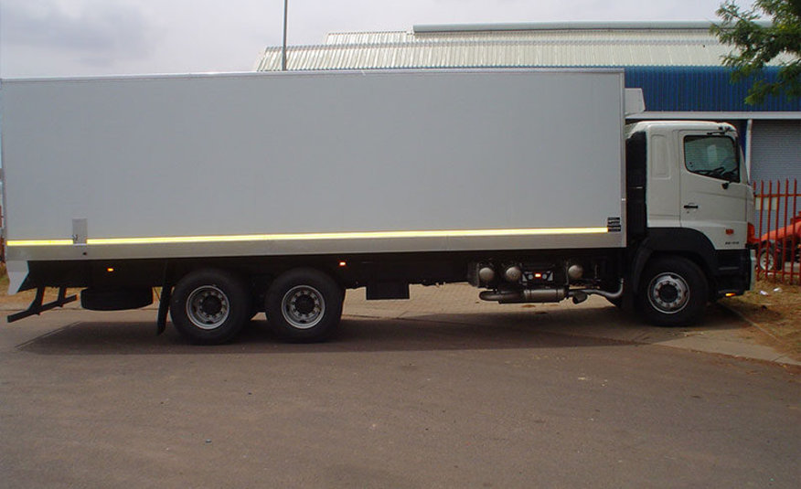 INSULATED TRUCKS