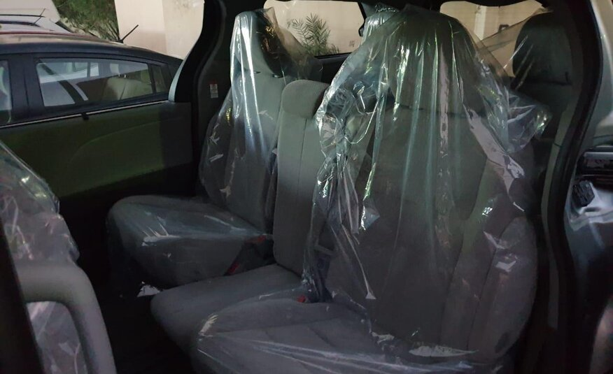 TOYOTA 2017 8 SEATS (AFTER REPAIR)